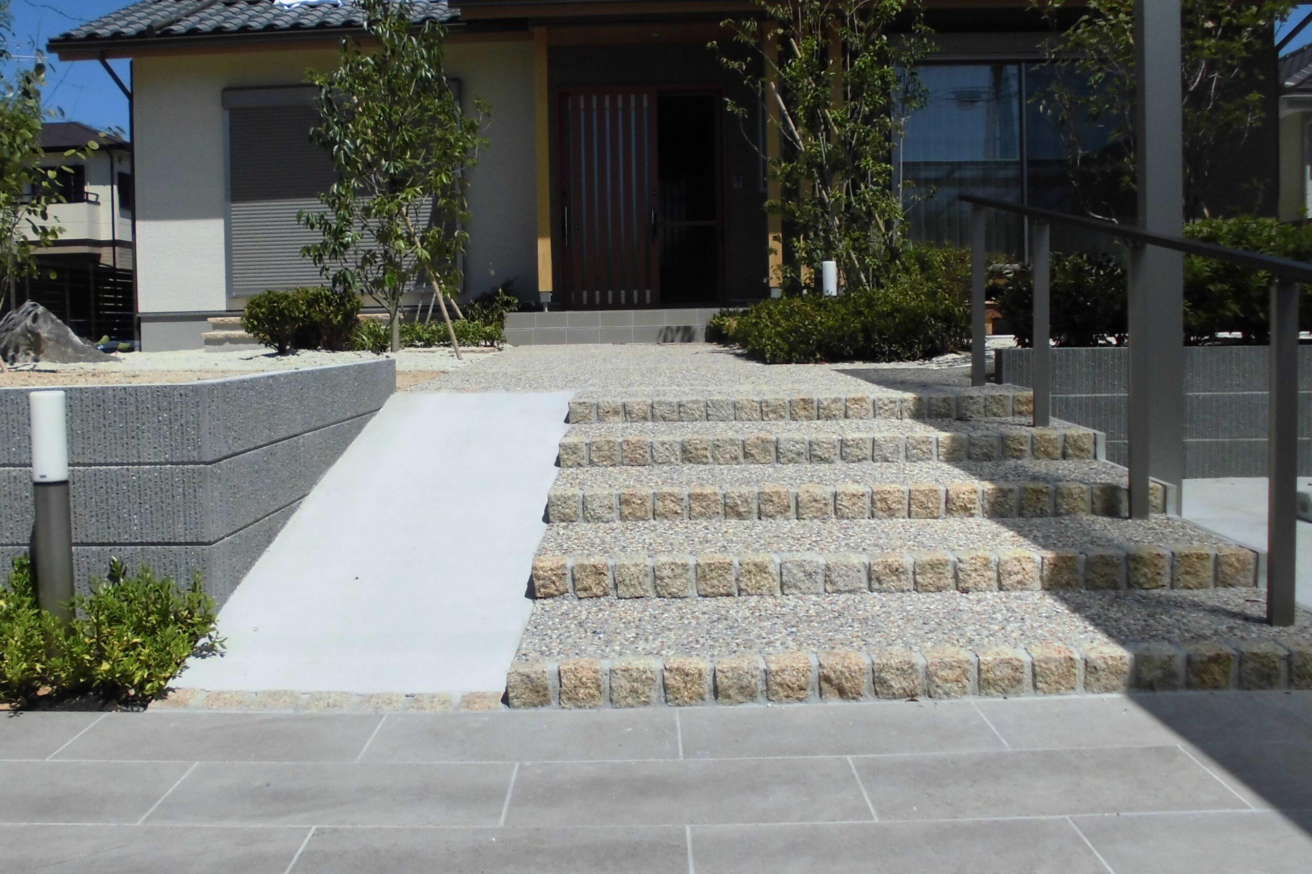 和風建築と調和した新築外構(名古屋市中村区Y様邸:渡邊工務店様物件)