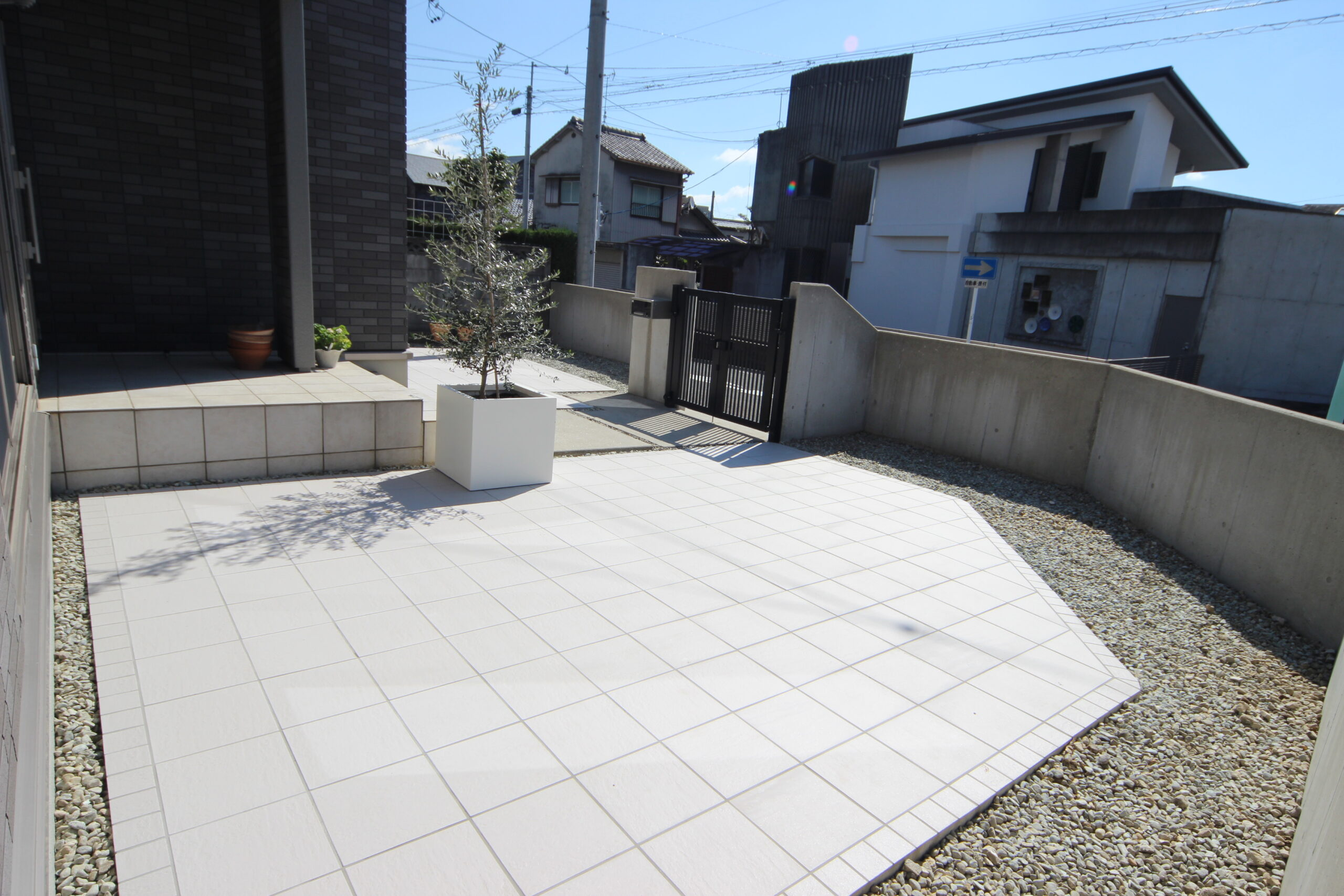 メンテナンスフリーのお庭空間(名古屋市瑞穂区Y様邸)